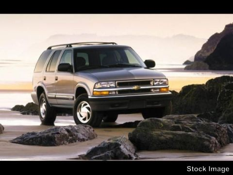 Pre-Owned 2000 Chevrolet Blazer 4DR 4WD LT